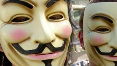 Anonymous يستهدفون GoDaddy والمواقع المستضافة عليه