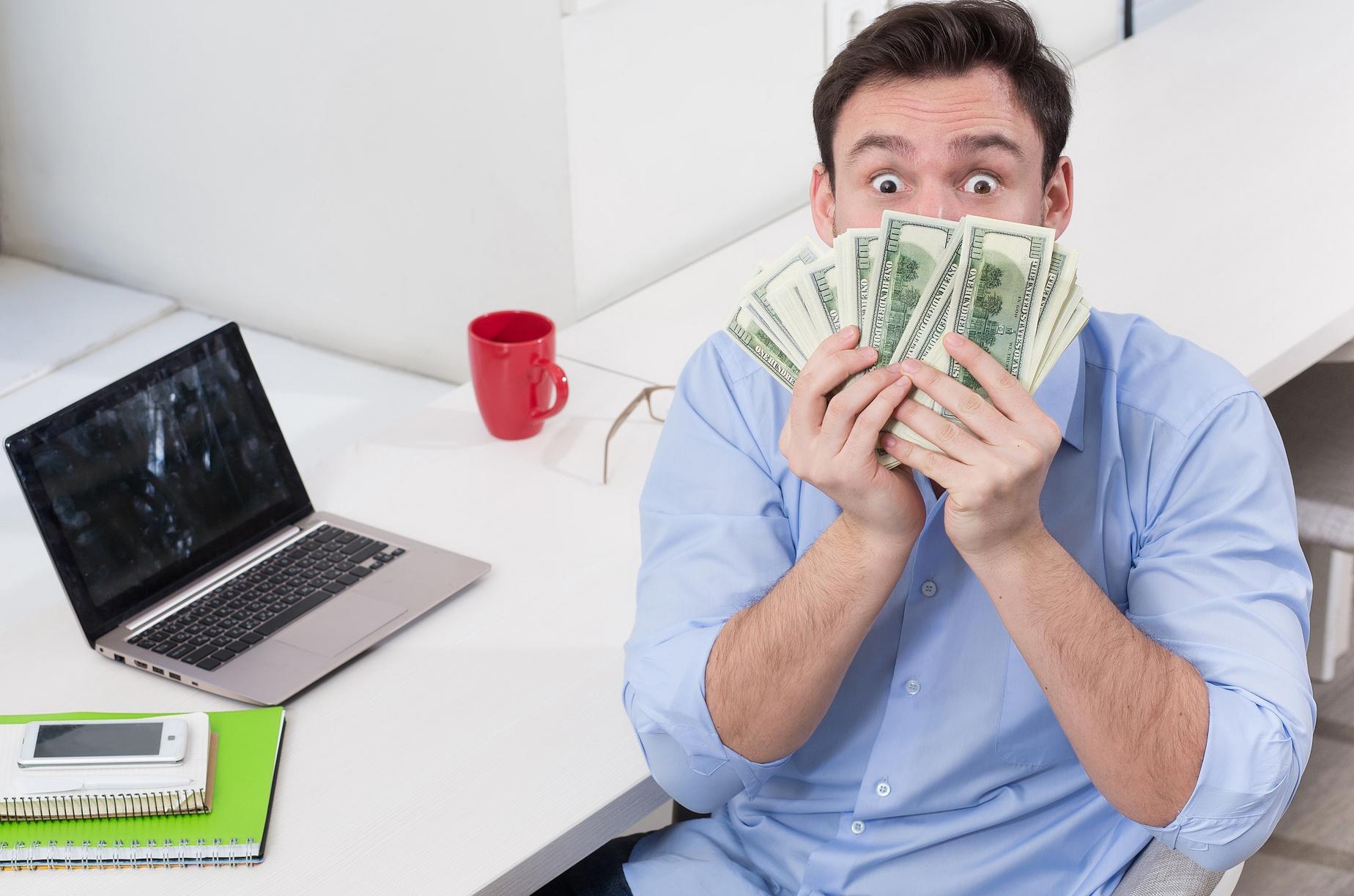 طرق كسب المال من الانترنت