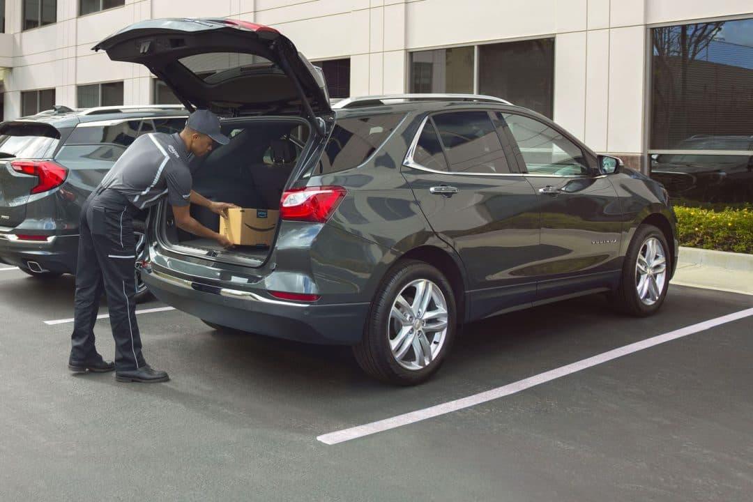 أمازون تعمل على توصيل المنتجات إلى سيارتك